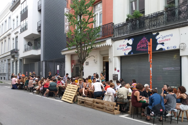 The Crazy Circle – the Lesbian Queer Feminist bar in Brussels for a fun night out!